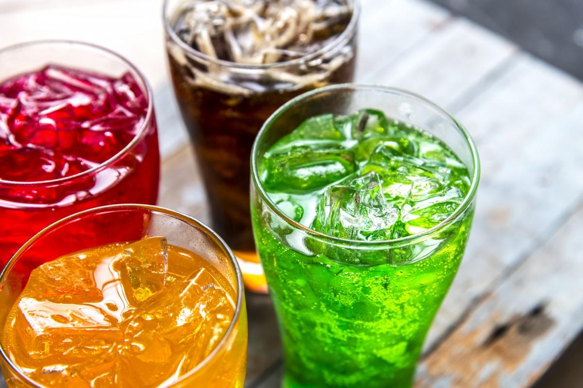 fondo, bebida, burbuja, cafeína, gaseado, carbonated drink, agua carbonatada, de cerca, reajuste salarial, frío, bebida fría, vistoso, deshidración, beber, bebida, efervescencia, gaseoso, sazonado, condimento, Fresco, frescura, vaso, verde, hielo, cubo de hielo, líquido, macro, naranja, popular, rojo, refrescante, refresco, Soda, refresco, azucarado, sweet drinks, sabroso, sed, sediento, insalubre, papel pintado, agua, Bebida no alcohólica, jugo, cóctel, Fotos gratis In PxHere