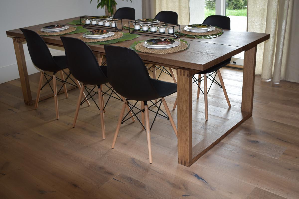 Fotos gratis mesa silla piso azulejo mueble dise o for Diseno de muebles de madera gratis