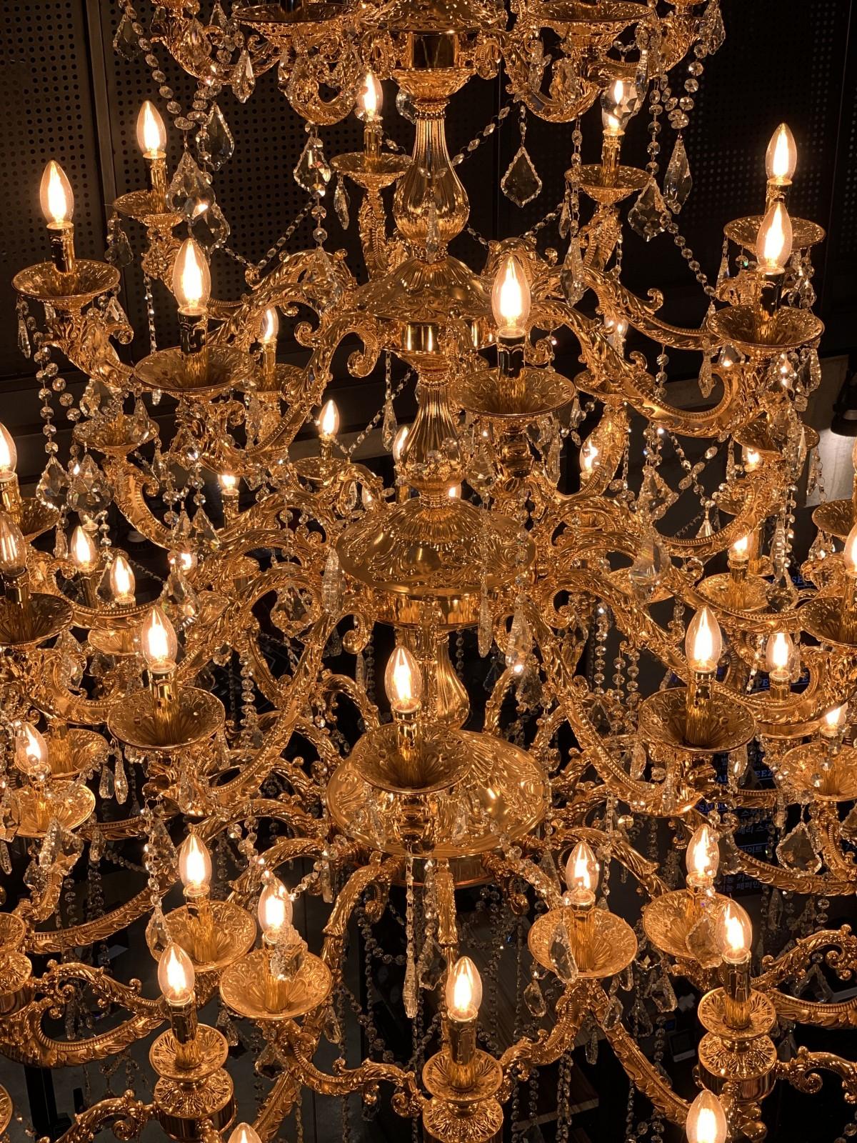 Free Images Chandelier Light Fixture Ceiling Fixture Lighting Accessory Incandescent Light Bulb Interior Design Lamp Candle Light Bulb 3024x4032 Jongsoo Hur 1628121 Free Stock Photos Pxhere