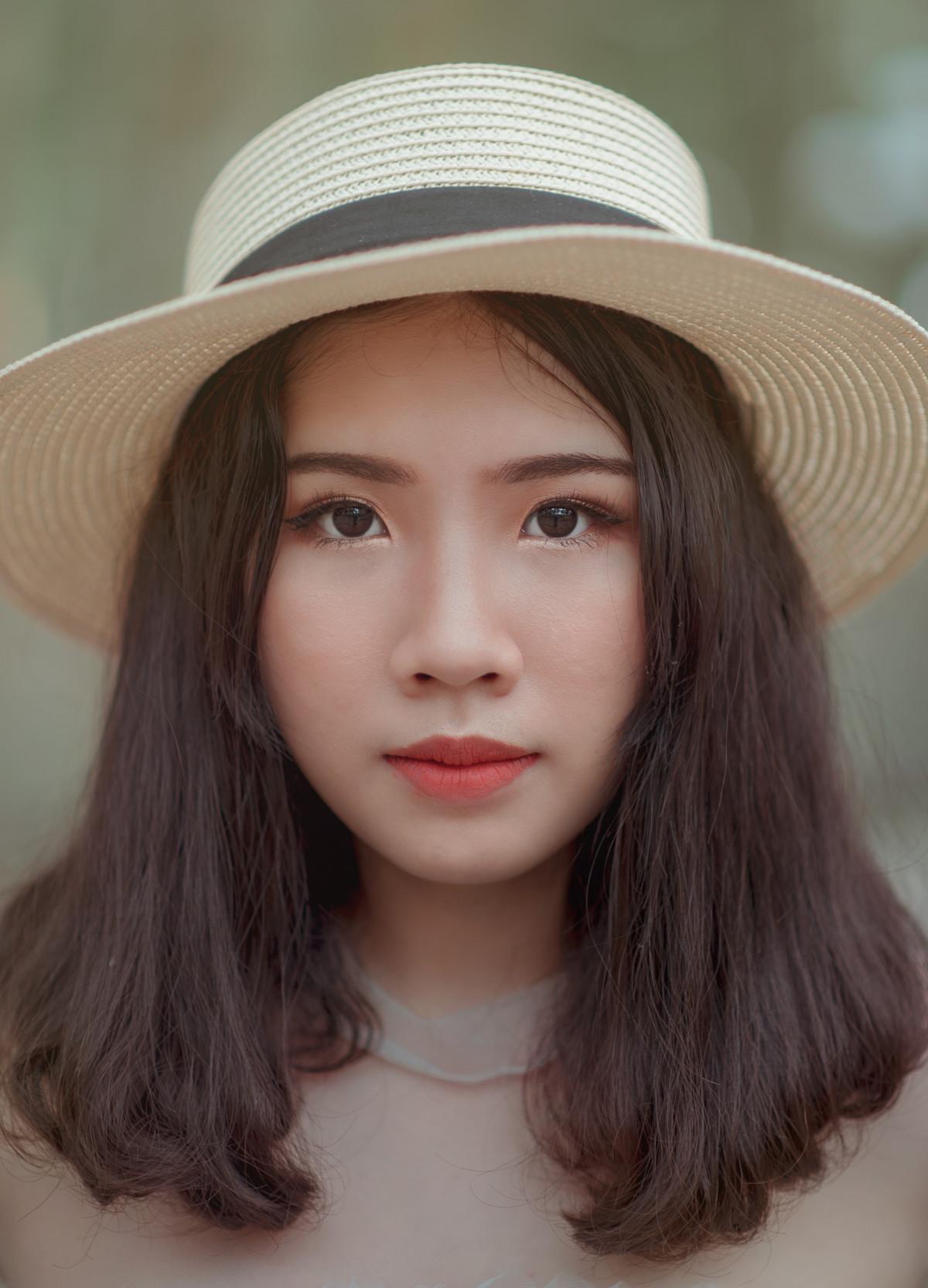 Immagini belle blu bellezza ragazza viso fronte - Colorazione immagine di una ragazza ...
