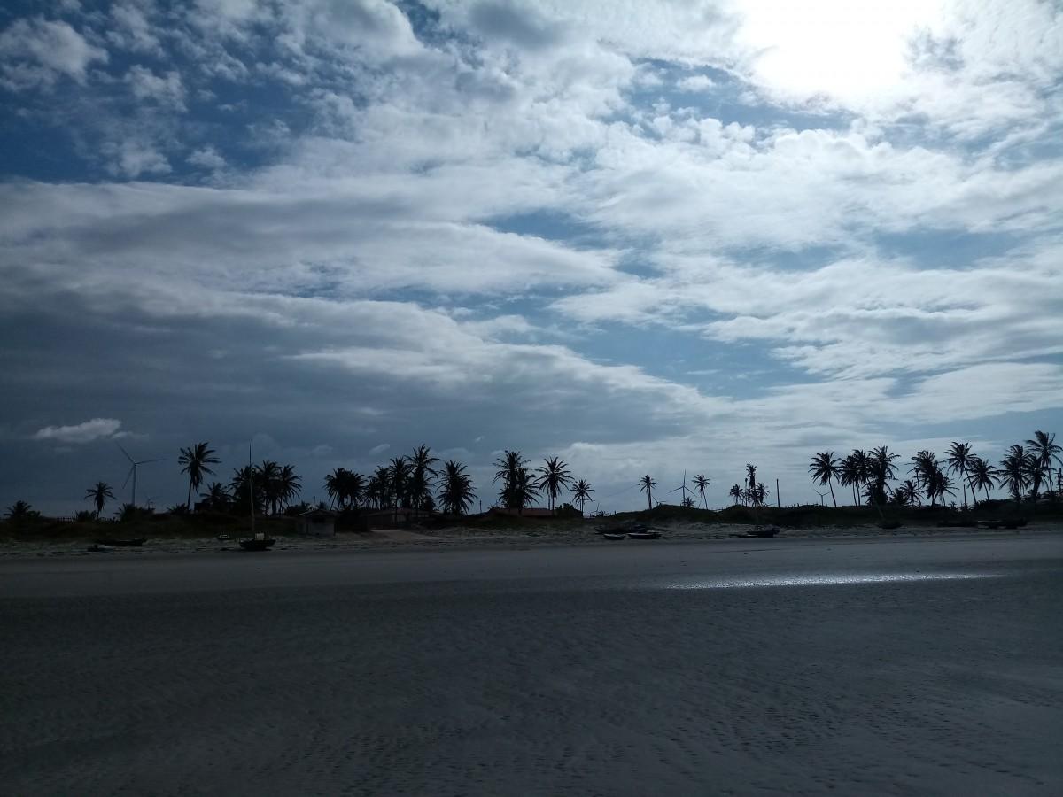 Gambar Pantai Pohon Pasir Awan Awan Pemandangan Indah Pada Senja Hampir Malam Kepuasan Langit Biru Siang Hari Pemandangan Alam Horison Suasana Jalan Kayu Tanaman Lautan Tenang Gunung Menanam Gumpalan Awan Fenomena Meteorologi