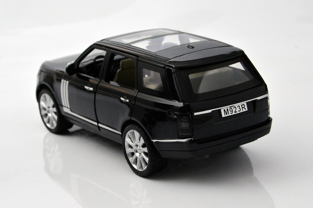autó kiállítás felszerelés modell játék csattanás sebesség hobbi nyomon követni kocsi ellenőrzés motor tervezés üzleti modern technológia város esemény klasszikus folyó verseny előadás kijelző sport- motor jármű Sport-haszon jármű autótervezési modell autó Autóipari kerékrendszer abroncs kerék gépjármű gumiabroncs lökhárító személyes luxusautó autóipari külső márka crossover sUV kompakt autó fém gumi méretarányos modellje Range Rover gépjármű rendszámtábla
