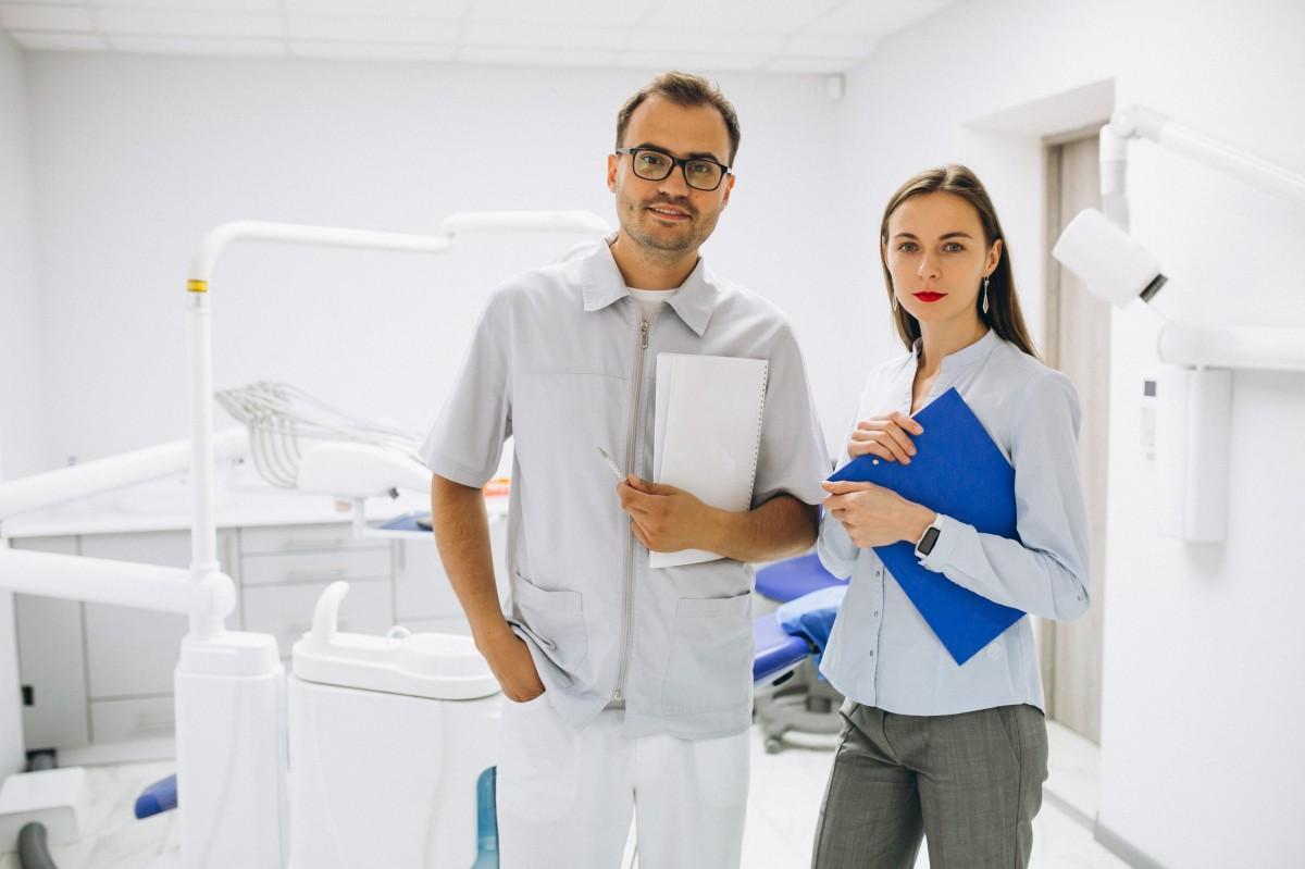 醫師專訪:以為植牙就一切搞定?不!問題可能出在你的牙周...