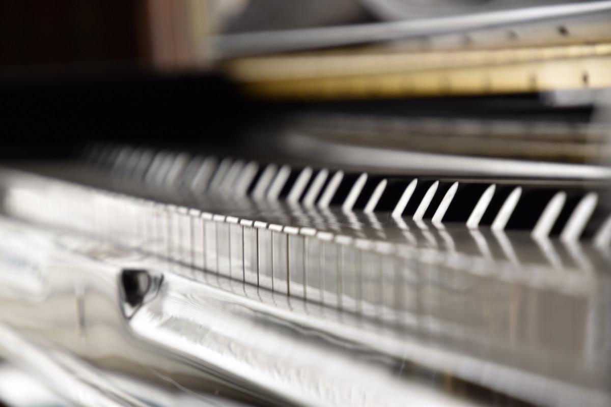 Klassische Stehlen kostenlose foto klavier tastatur musikalische tastatur material