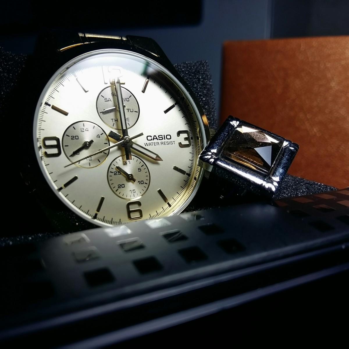 Free Images : clock, Analog watch, watch accessory, fashion