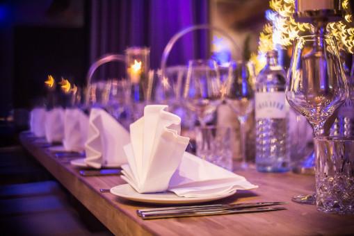 verre,Salle de réception,violet,la cérémonie,réception de mariage,vaisselle
