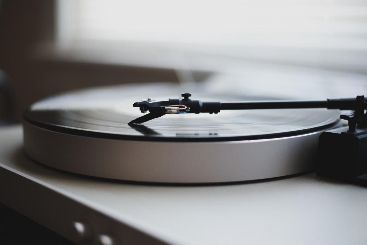 Gratis afbeeldingen tafel record muziek vinyl draaischijf