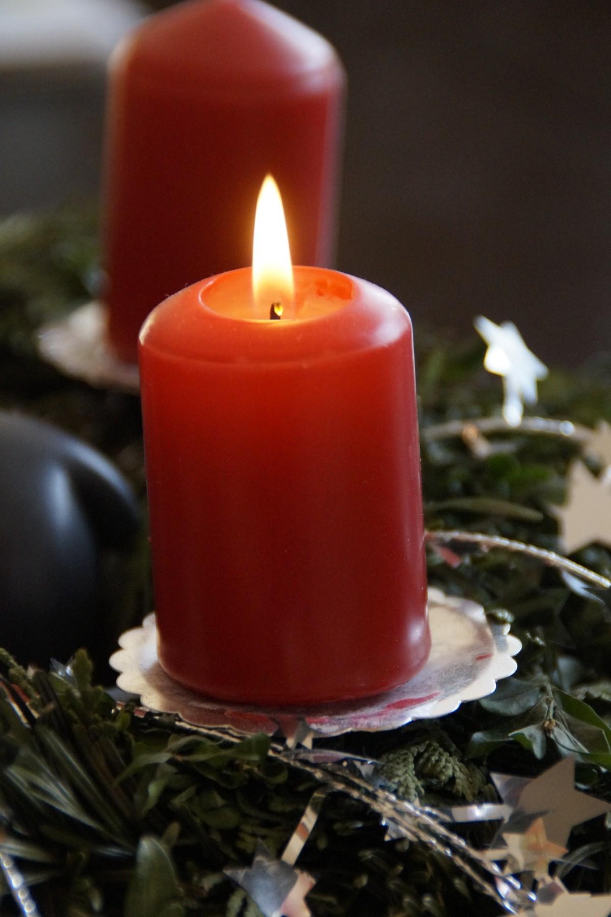 Free images winter lighting decor arrangement for Advent candle decoration