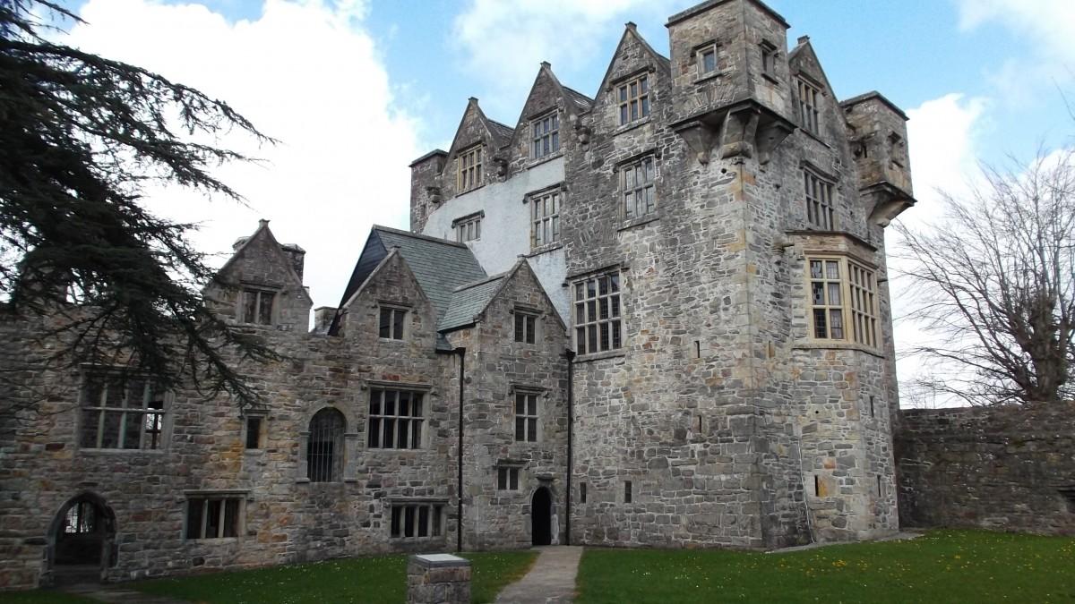 kostenlose foto villa geb ude chateau alt schloss anbetungsst tte mittelalterliche. Black Bedroom Furniture Sets. Home Design Ideas