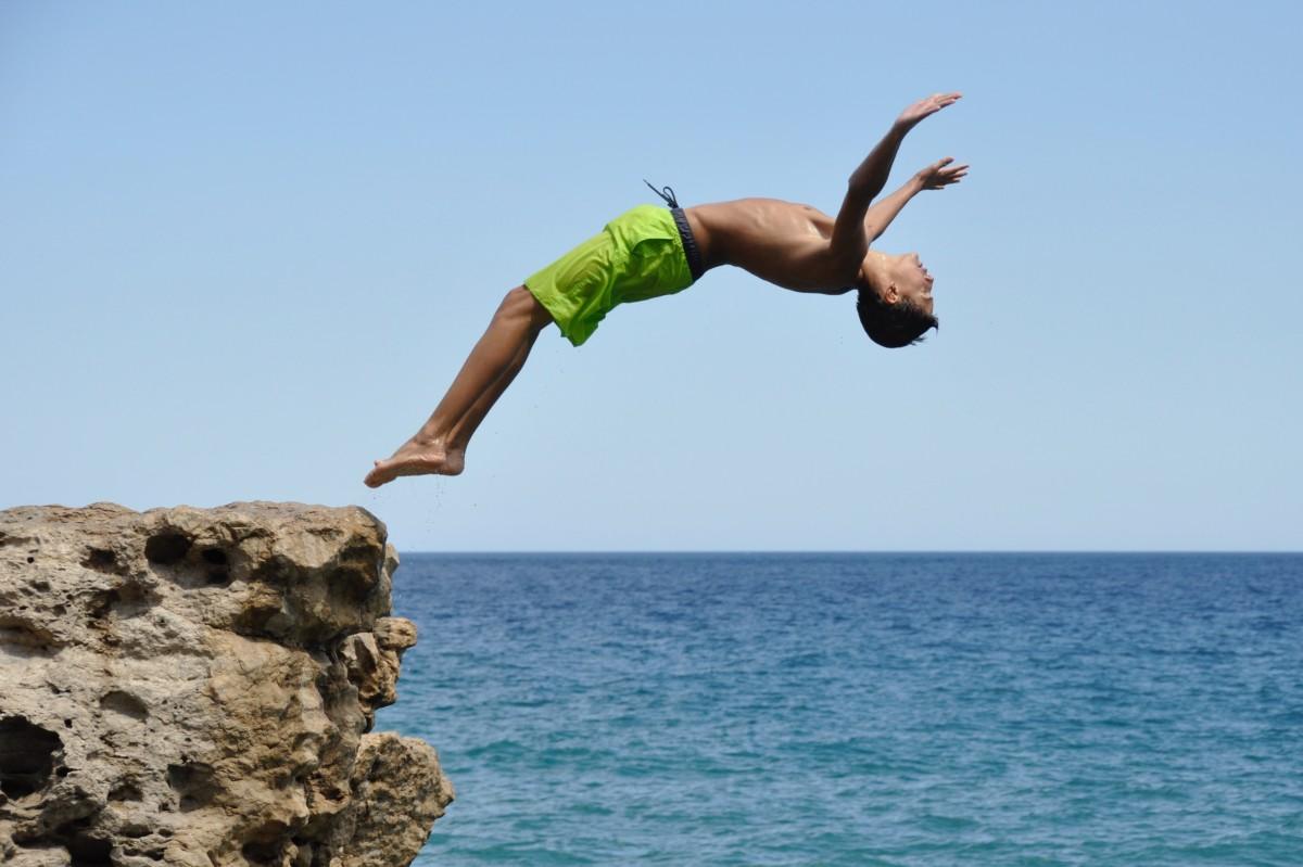 картинки прыжок море можете получить любую