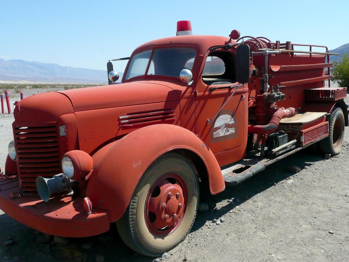 Free images old motor vehicle vintage car wreck for Ford motor company roadside assistance