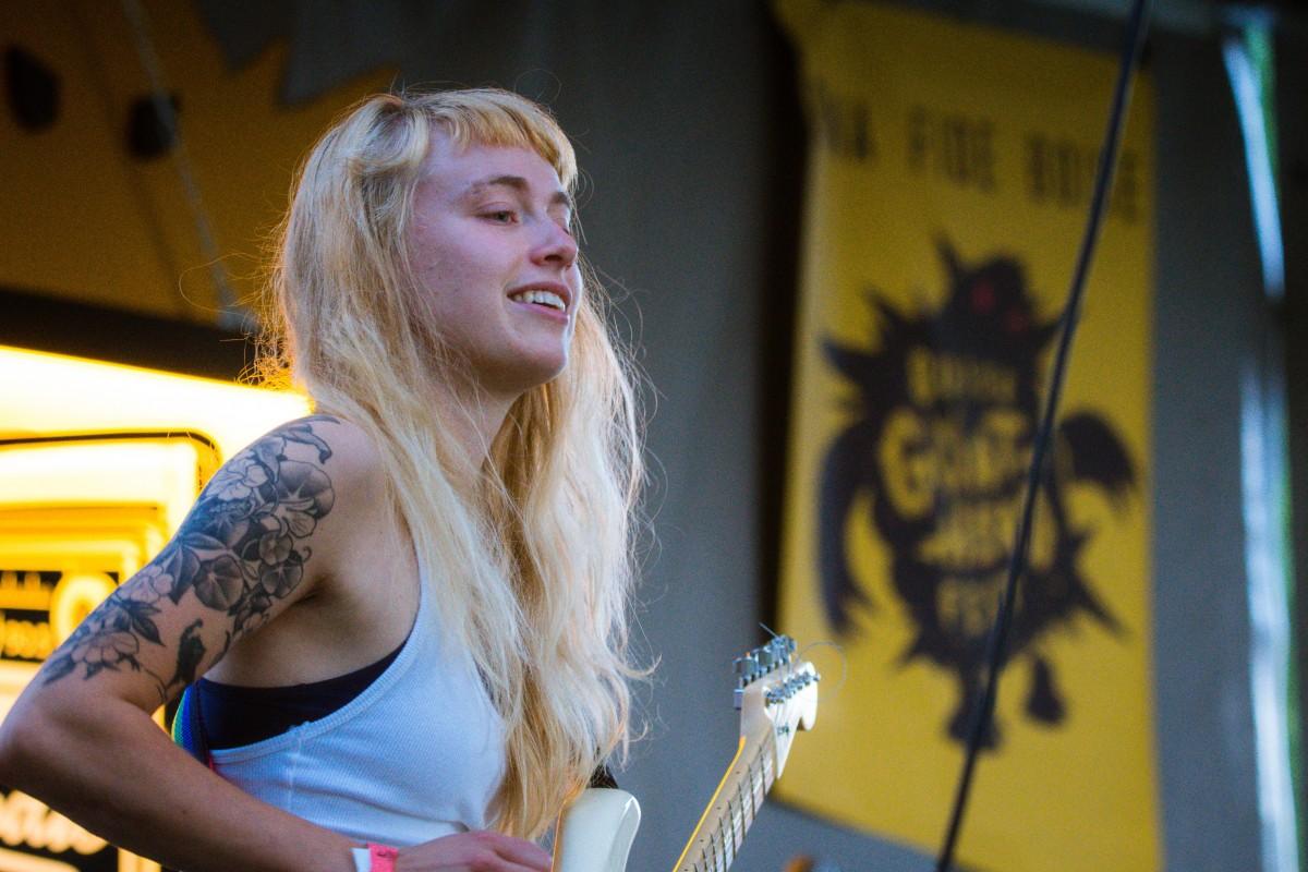 Images Gratuites Adulte B Et Cheveux Blond Concert Guitare