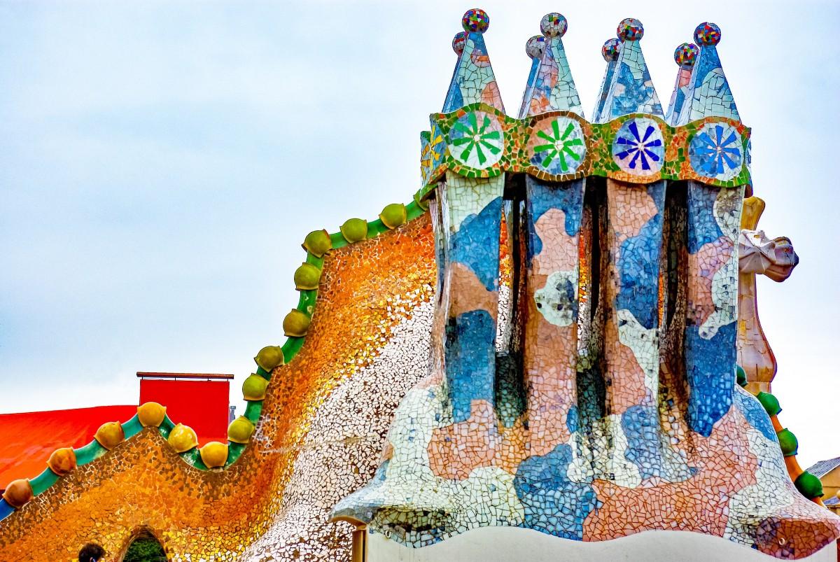 Images gratuites toit b timent parc d 39 attractions for Artiste peintre catalan