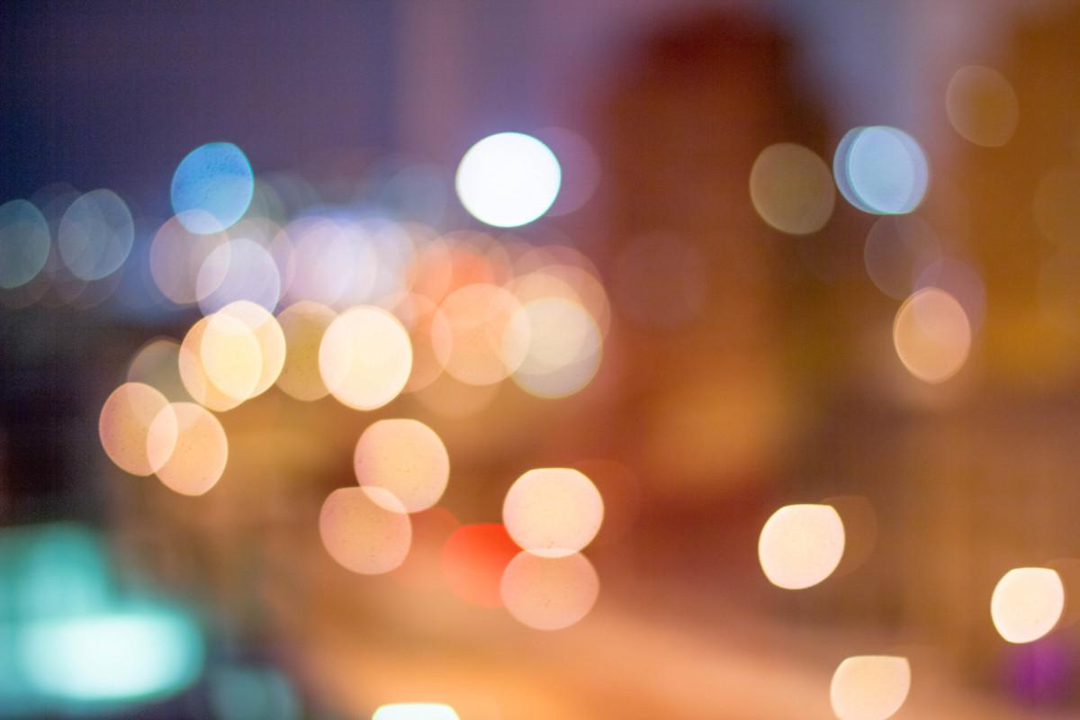 Kostenlose foto licht bokeh verwischen stra e nacht for Fenster nass