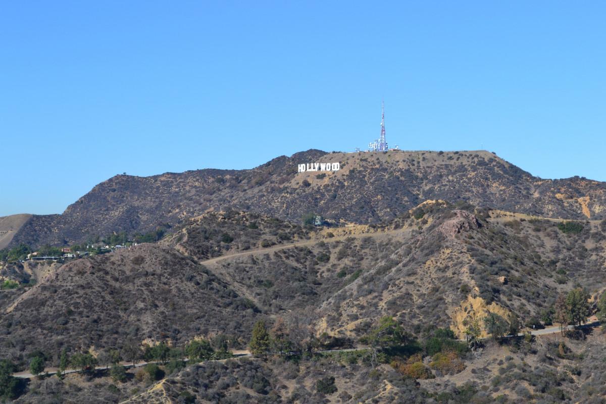 paisaje, naturaleza, al aire libre, desierto, montaña, colina, tierra, acantilado, Hollywood, salvaje, ambiente, firmar, tranquilo, escénico, natural, paisaje, terreno, California, cresta, cumbre, geología, montañas, meseta, los Angeles, Forma de relieve, Formaciones montañosas, Estropear la punta, Hollywood hill