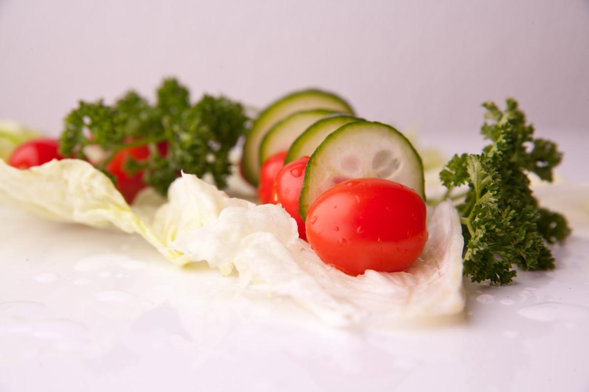 Images gratuites plat repas aliments salade rouge for Plat cuisine bon pour la sante