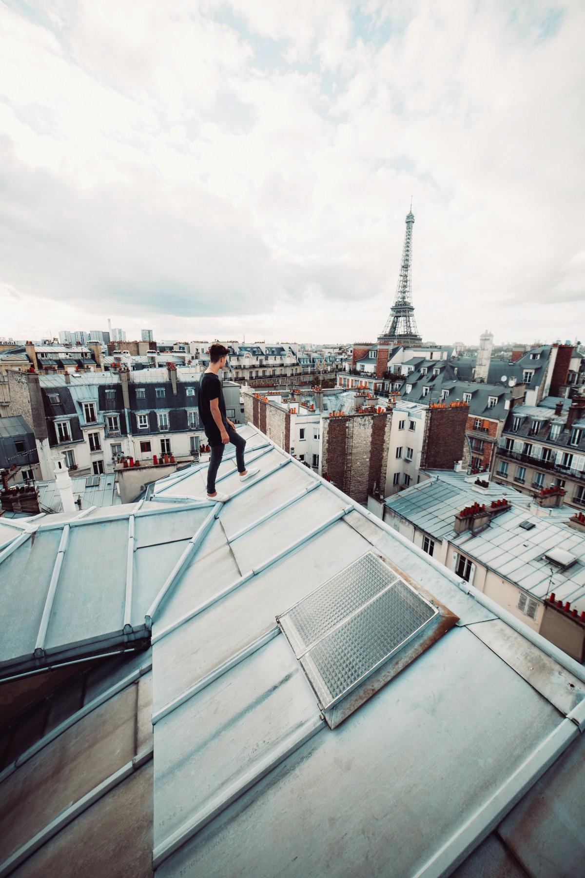 Выход с крыши картинка