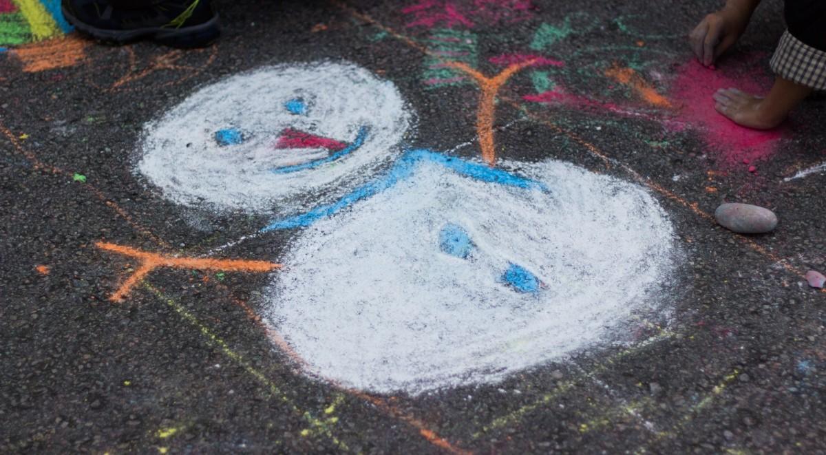 асфальт почва Материал Изобразительное искусство Мел Иллюстрация Снеговик дорожное покрытие ручной росписью