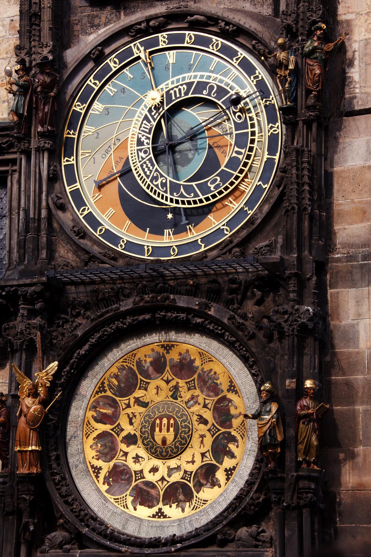механические часы средневековья картинки примеры