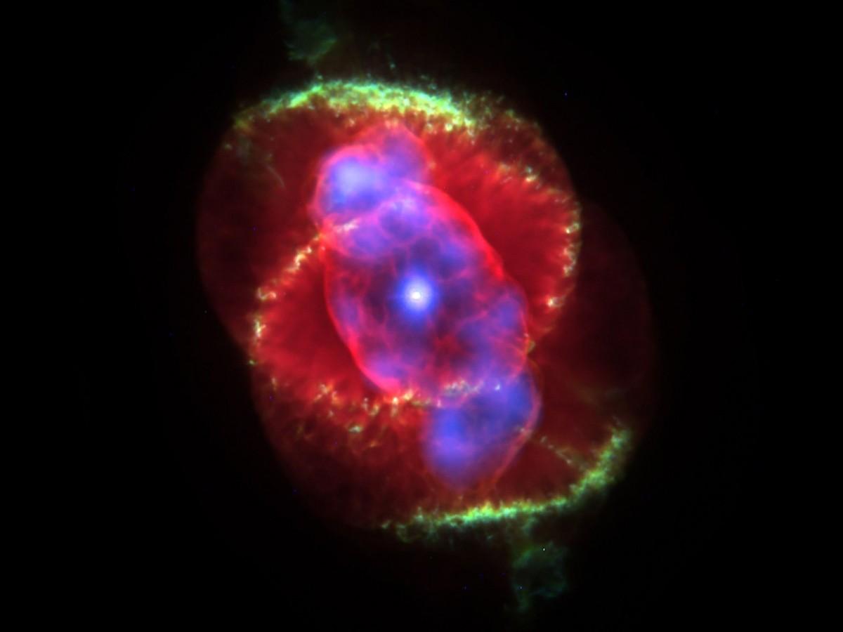 Звёздное небо и космос в картинках - Страница 6 Cat's_eye_nebula_ngc_6543_planetary_fog_constellation_dragon_starry_sky_space_universe_all-1359759