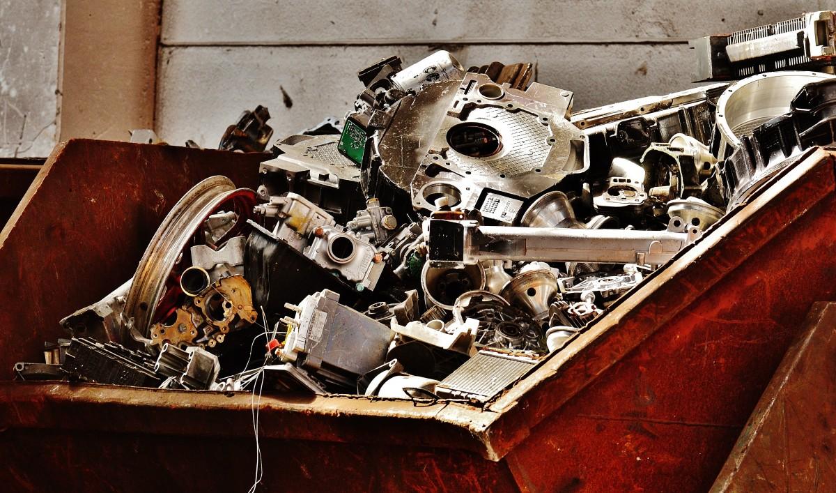 images gratuites voiture roue vieux v hicule m tal junkyard le fer recyclage ferraille. Black Bedroom Furniture Sets. Home Design Ideas