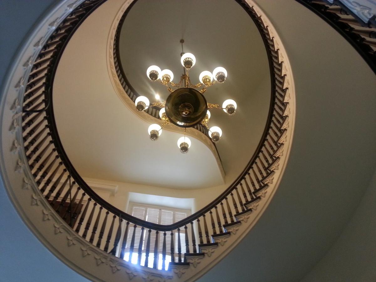 Attractive Licht Rad Innere Treppe Decke Geländer Speiche Beleuchtung Kreis Beleuchtung  Treppe Rand Dekoriert Leuchter Reich Gewölbt