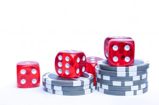 Gambar : bermain, rekreasi, pola, papan permainan, bintik ...