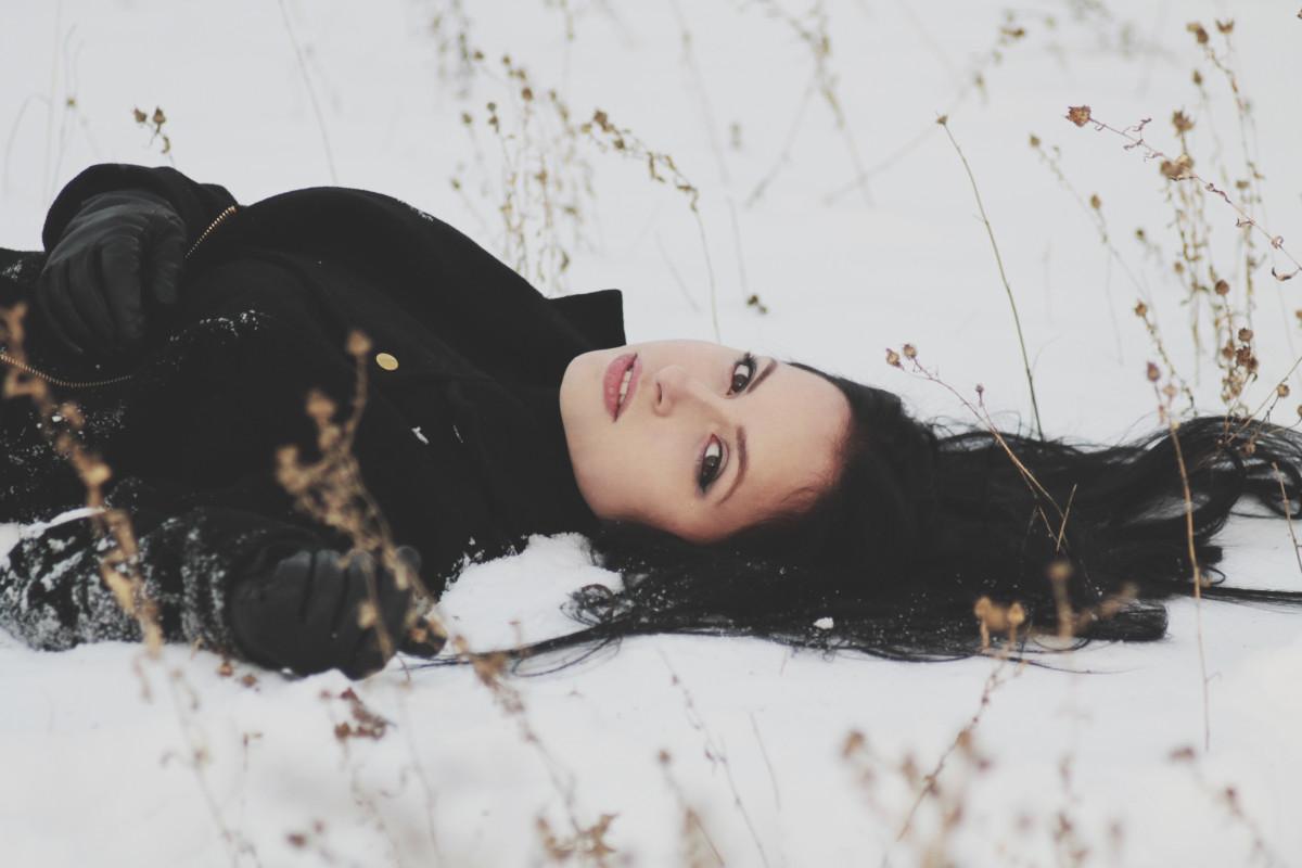 Траур и мода на черный цвет изоражения