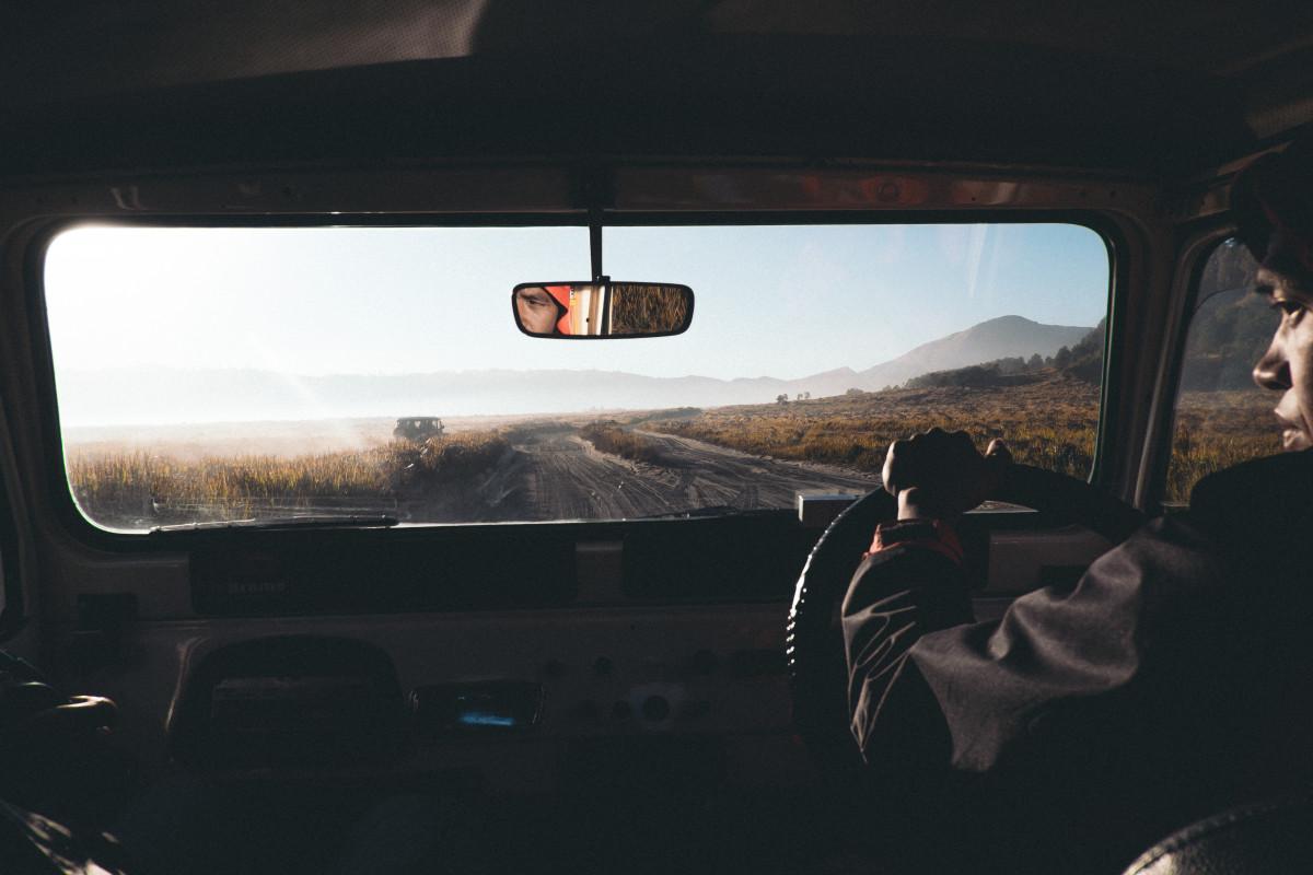 Bakgrundsbilder : person, ljus, väg, bil, fönster, glas, körning ... : fönsterglas : Fönster