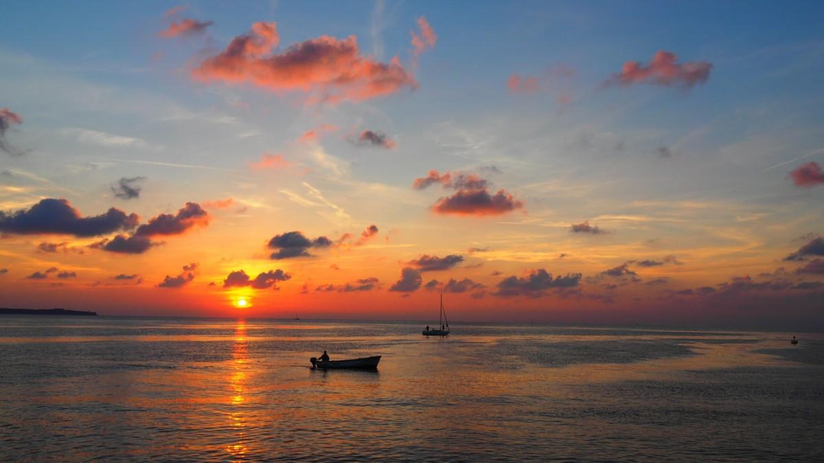 Wallpaper Fisherman Sunset Boat Hd Creative Graphics: Free Images : Beach, Sea, Sand, People, Crowd, Canoe