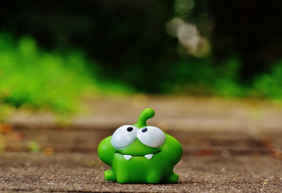 Gambar : rumput, bunga, imut, hijau, merah, amfibi, mainan ...