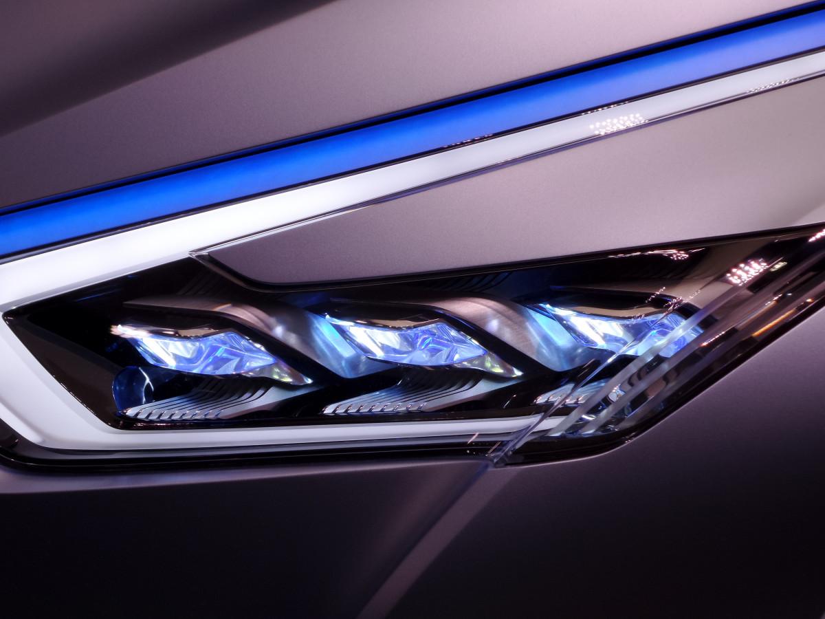 Gratis afbeeldingen licht wiel auto voertuig for Automotive exterior design jobs