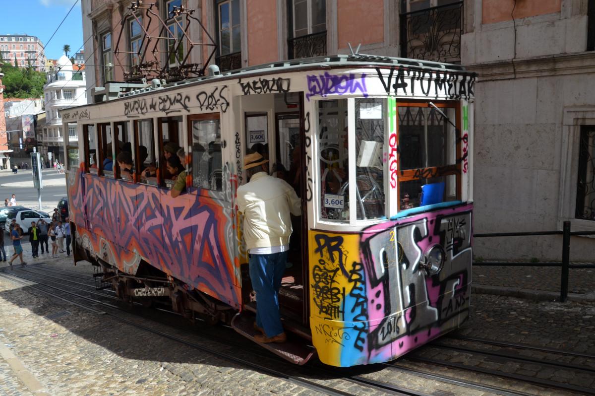 images gratuites voyage tram l 39 europe v hicule. Black Bedroom Furniture Sets. Home Design Ideas