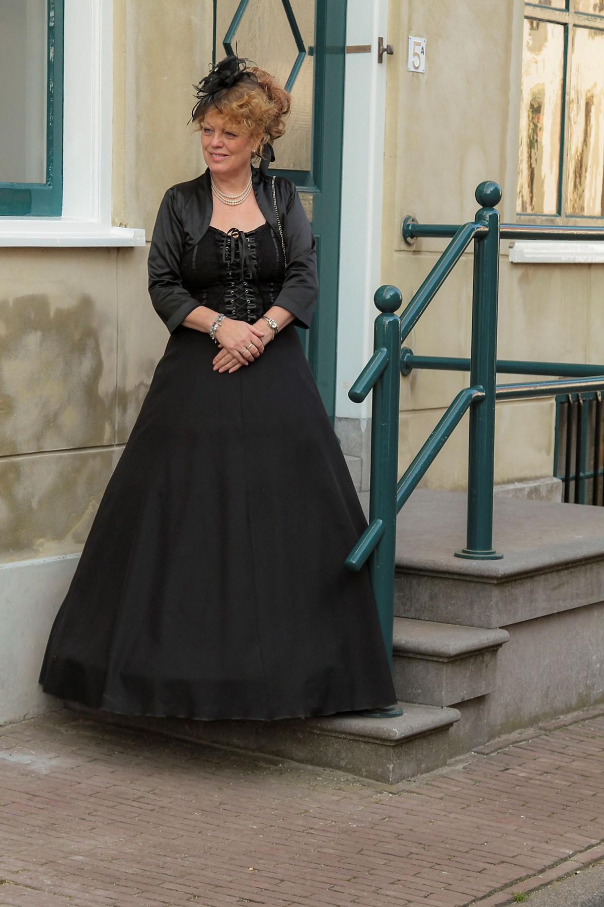 wanita antik model musim semi mode pakaian