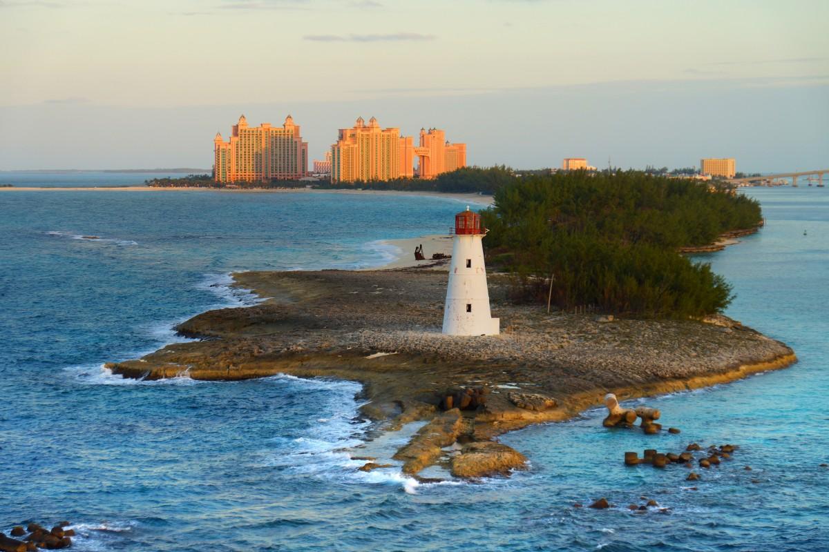 Gratis billeder : strand, hav, kyst, klippe, ocean, fyrtårn, himmel, ferie, klint, bugt, tårn ...