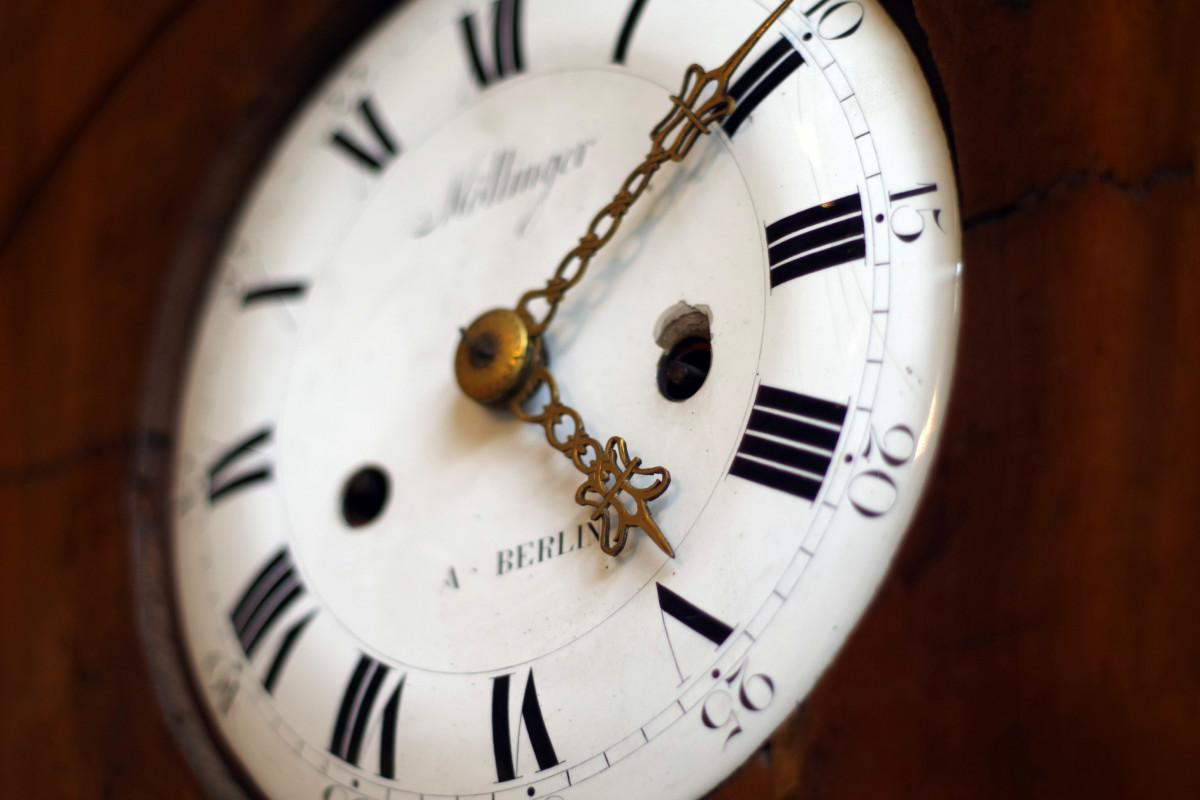 здесь картинки всему свое время часы наиболее