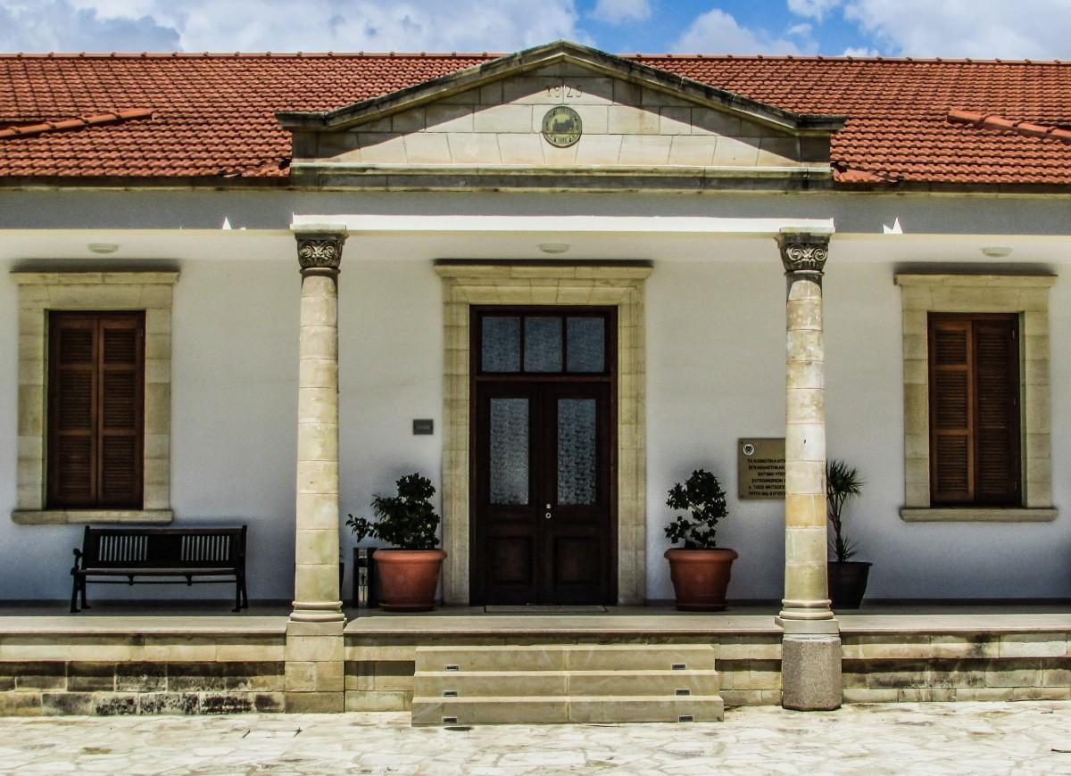 Banco de imagens arquitetura madeira casa cobertura - Porche entrada vivienda ...