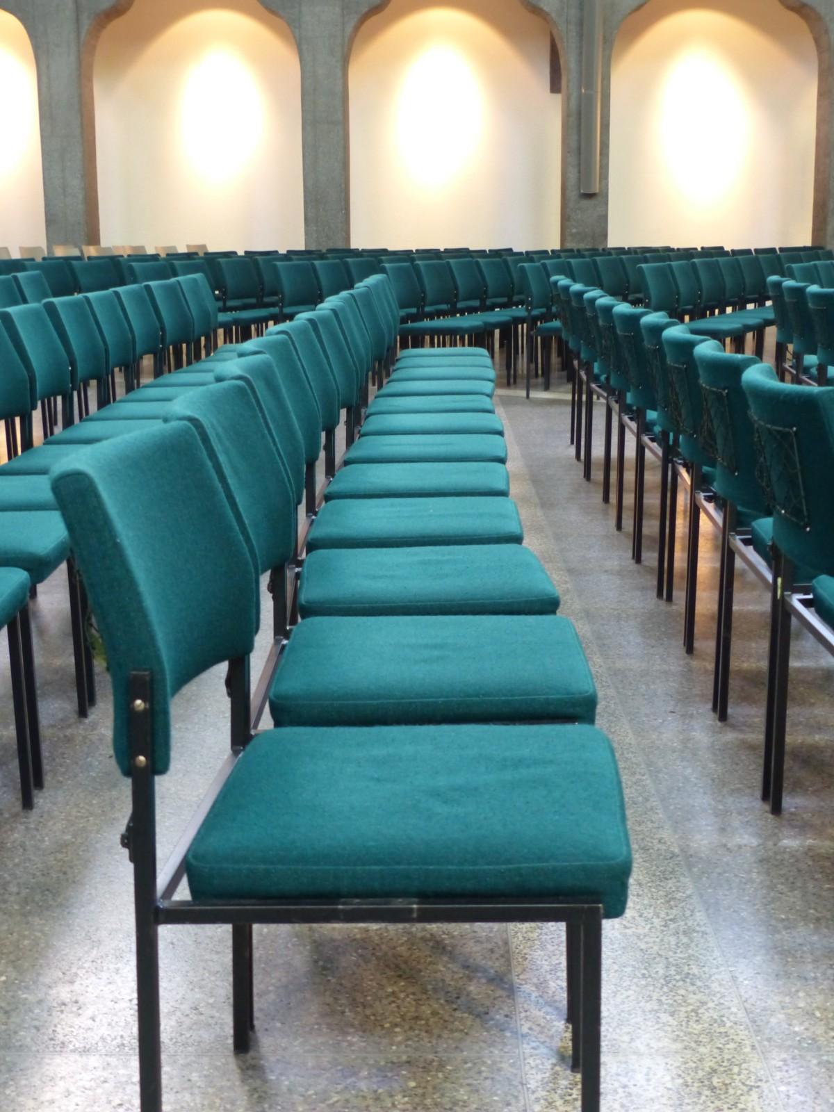 Images gratuites table si ge restaurant repas vert for Design interieur universite