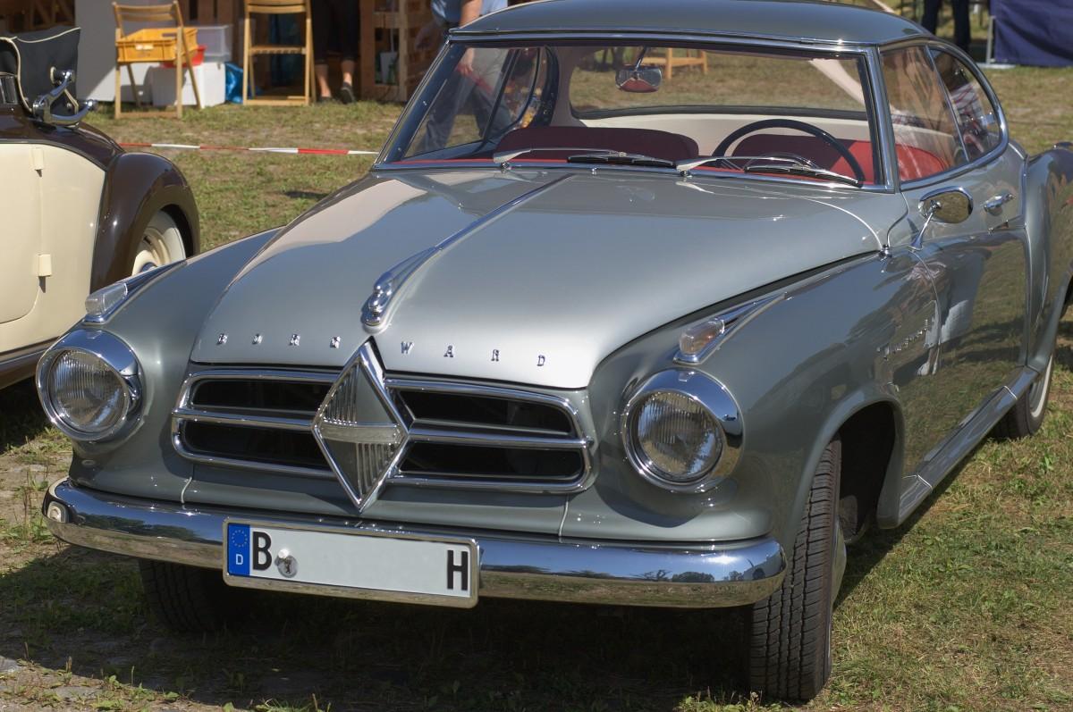 Free images classic car motor vehicle vintage car for Car exterior design