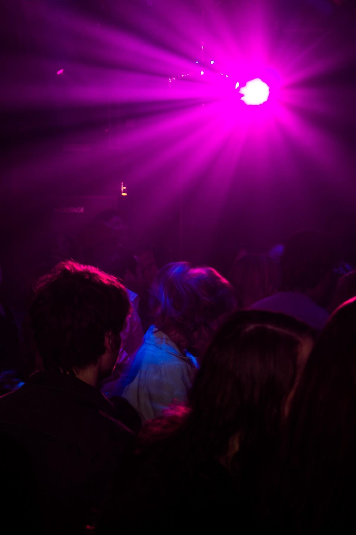 music light night purple atmosphere concert & Free Images : light night darkness lighting spotlight ... azcodes.com