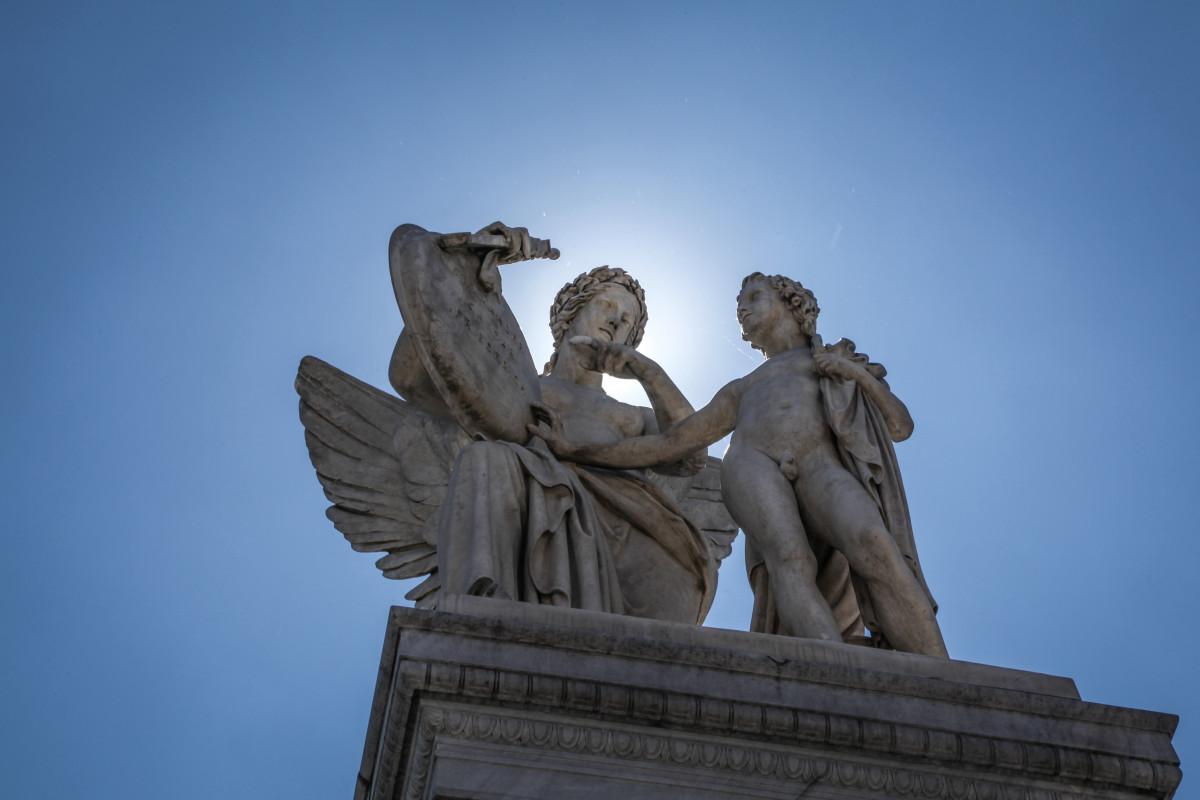 История про статую ангела