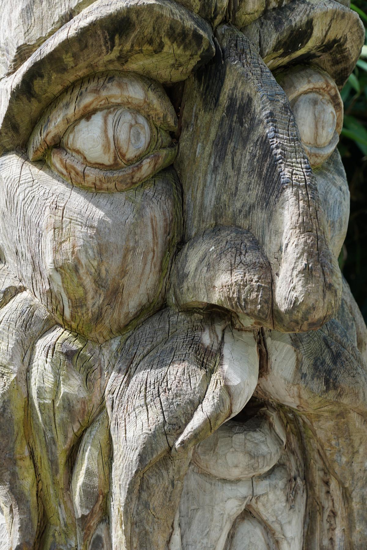 rock madera monumento estatua humano esculpir
