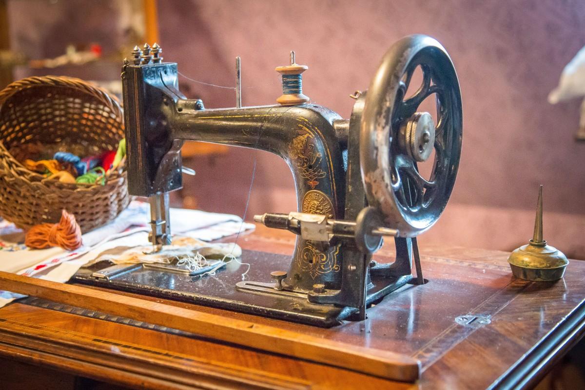 Картинки со швейной машинкой современной