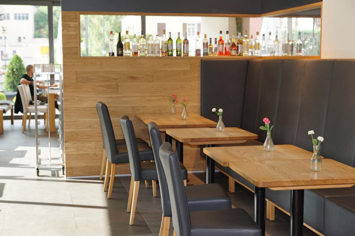 Immagini belle : tavolo bar caffè legna ristorante pasto bere