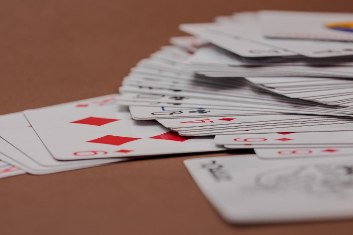 Er zijn een aantal solitaire strategieën die je kunt toepassen om te winnen