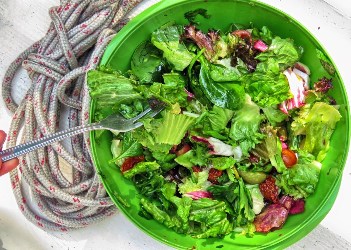 Зеленые салаты для диеты