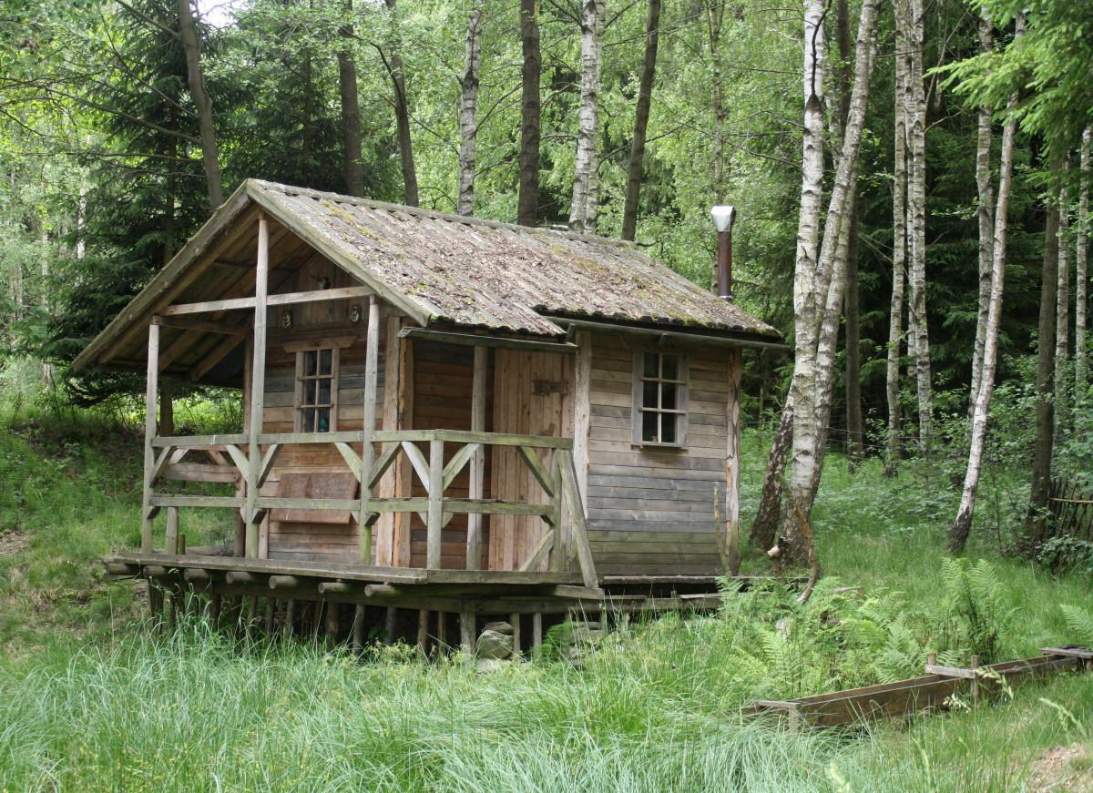Immagini belle legna costruzione capannone baracca for Programma di costruzione della casa gratuito