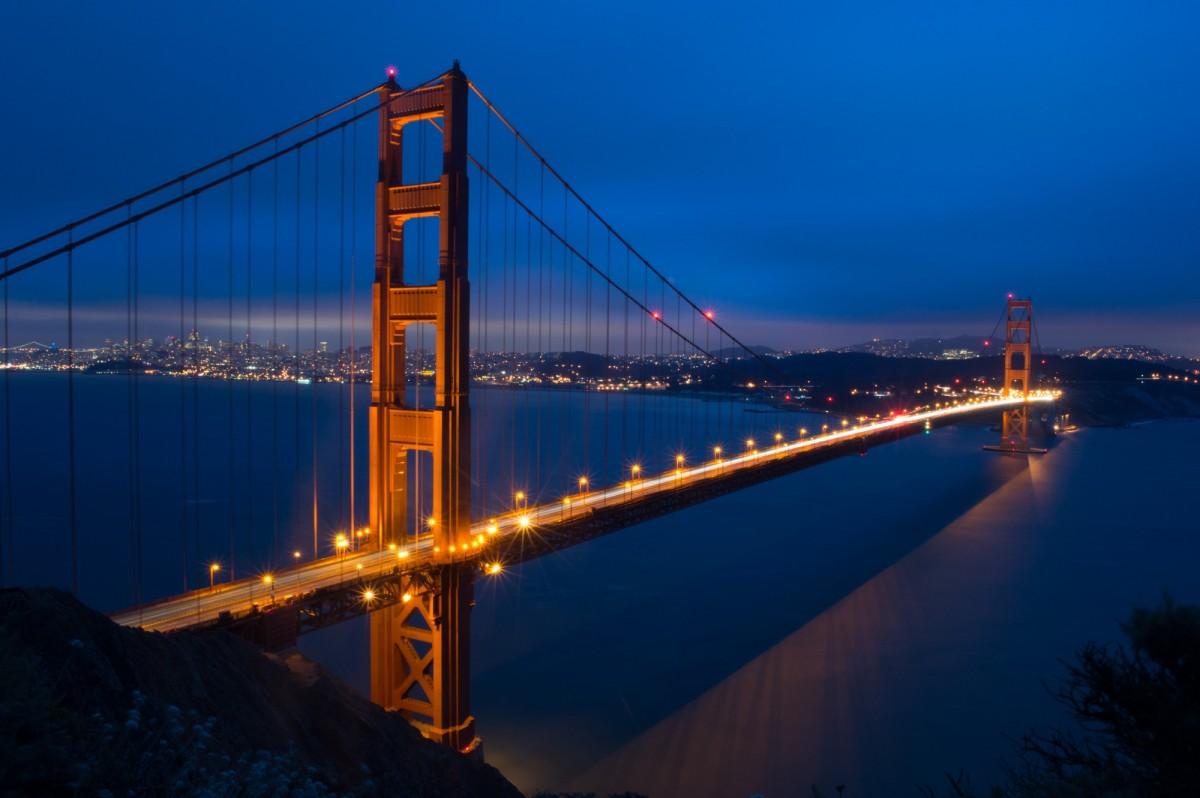 Images gratuites lumi re nuit paysage urbain pont for Construction piscine zone non constructible