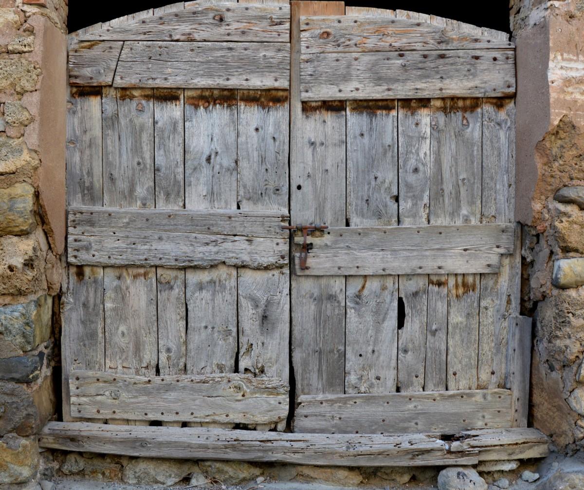 Images gratuites grange cabanon mur de pierre meubles for Porte cabanon bois