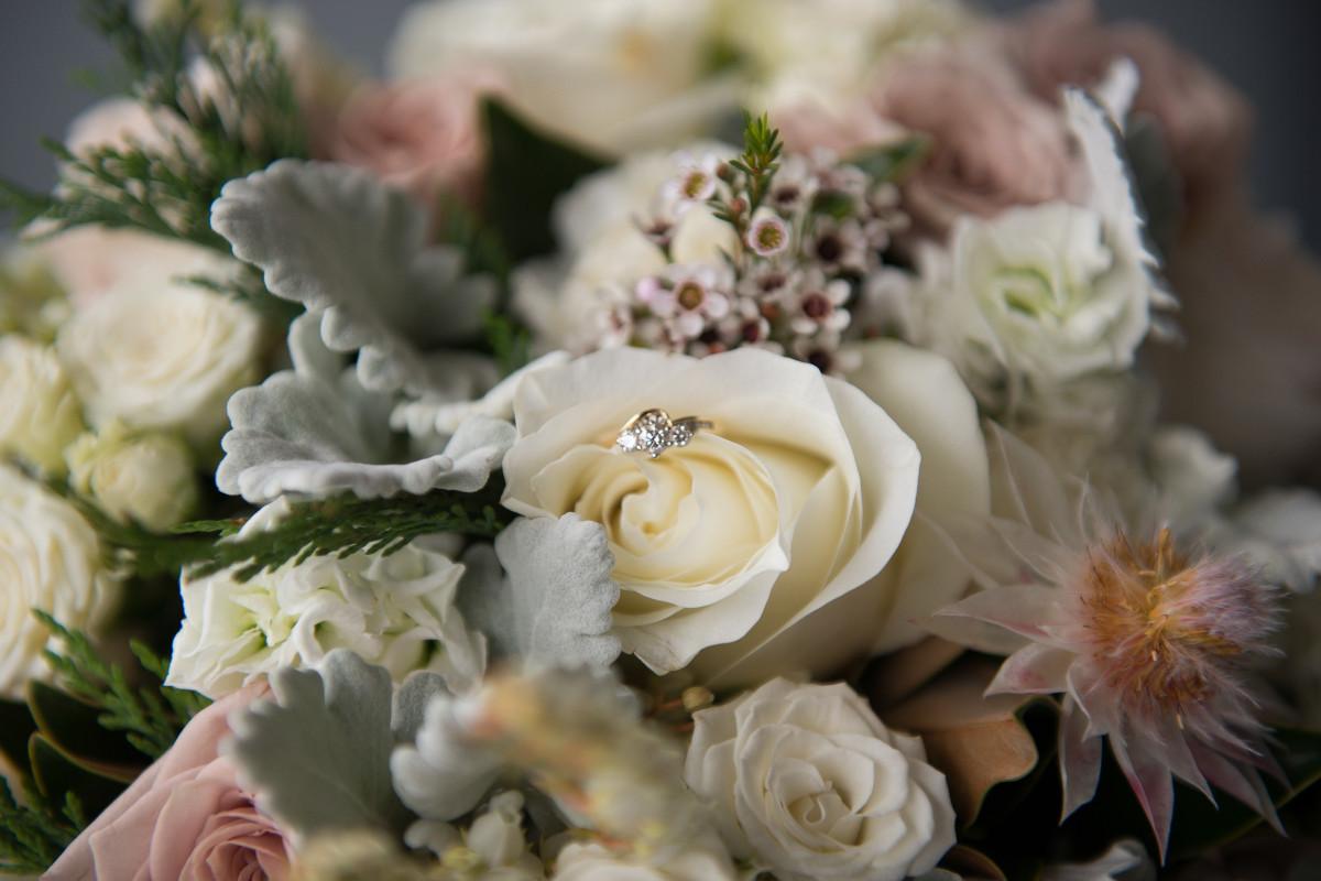Fotos gratis flor anillo p talo amor romance - Cortar hierba alta ...